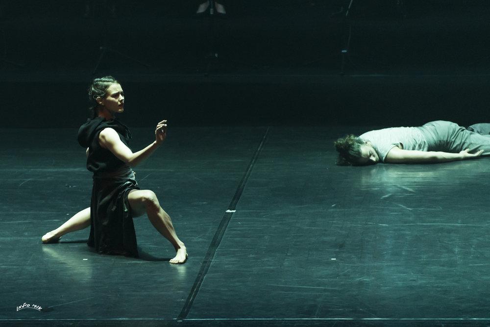 Vertigo Dance Company, _white noise_ photo by rune abro012.jpg