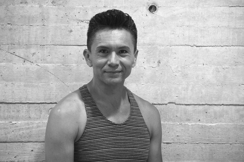 Andrez Arambula *  Bailarín