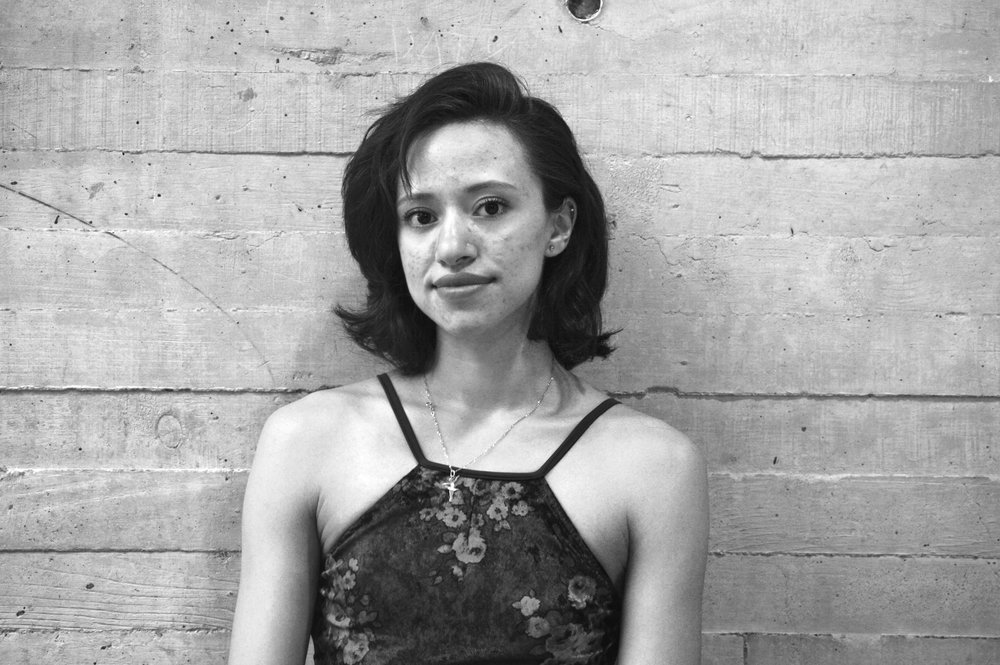 Nadia Ramon *  Bailarina becaria