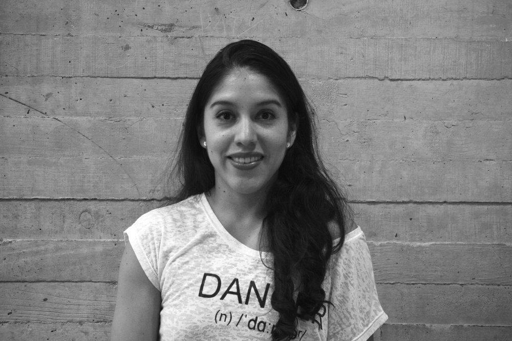Ruth Moran *  Bailarina