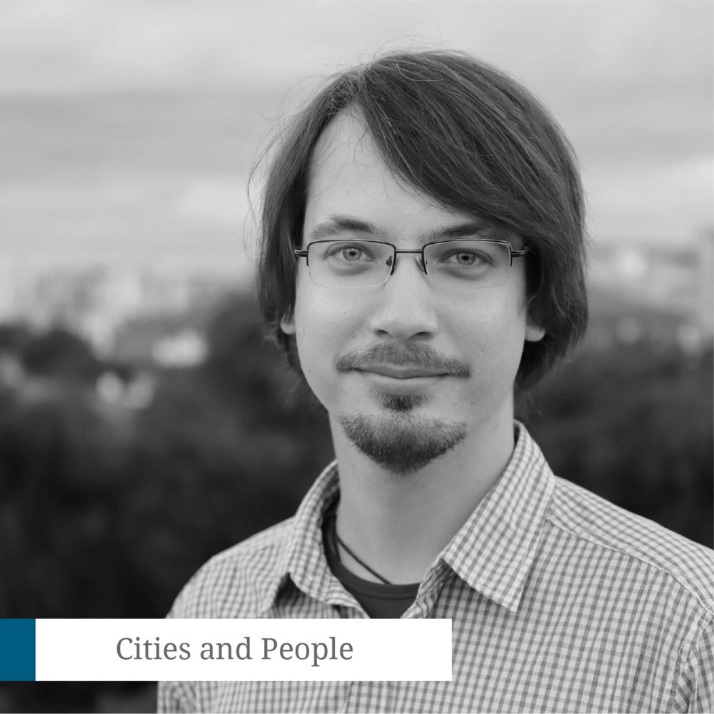 Bogdan Ivănel - CEO Code for RomaniaBogdan Ivănel este doctor în drept internațional (Science Po, Paris, Franta), după un traseu academic ce cuprinde BA & LLM Utrecht University, MSc Oxford University, Visiting Scholar UC Berkeley. În 2016 a fondat Code for Romania, organizație care pune tehnologia în slujba comunităților, depunând eforturi continue de a pune România pe harta globală a tehnologiei dezvoltate în scop civic. Code for Romania este a doua cea mai mare comunitate de civic tech din lume și membră a comitetului executiv al Code for All, cea mai mare rețea de organizații de profil la nivel mondial. De asemenea, Bogdan asigură din 2017 managementul Code for All.