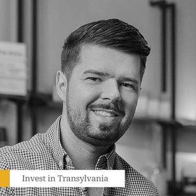 """Dan Isai - CEOSalad BoxCofondatorNarcoffeeÎn 2012, Dan Isai a revoluționat piața HoReCA din România odată cu deschiderea primului Salad Box, un concept inedit de restaurant construit exclusiv în jurul ideii de salată, care, în prezent, înseamnă o rețea de peste 60 de restaurante deschise în Europa, Africa și America. El este cofondator al Narcoffee și a rețelei de restaurante Pep & Pepper. Dan Isai a fost numit Emerging Entrepreneur of the Year de către Ernst & Young și Champion In Business de către PwC în 2015. În 2016 intră în clasamentul Forbes """"30 sub 30"""", iar Salad Box e numit Best International Expansion de către Business Review. Cel mai recent, Dan Isai a fost inclus în catalogul Top100 Greatest Living Business Minds de către Forbes."""