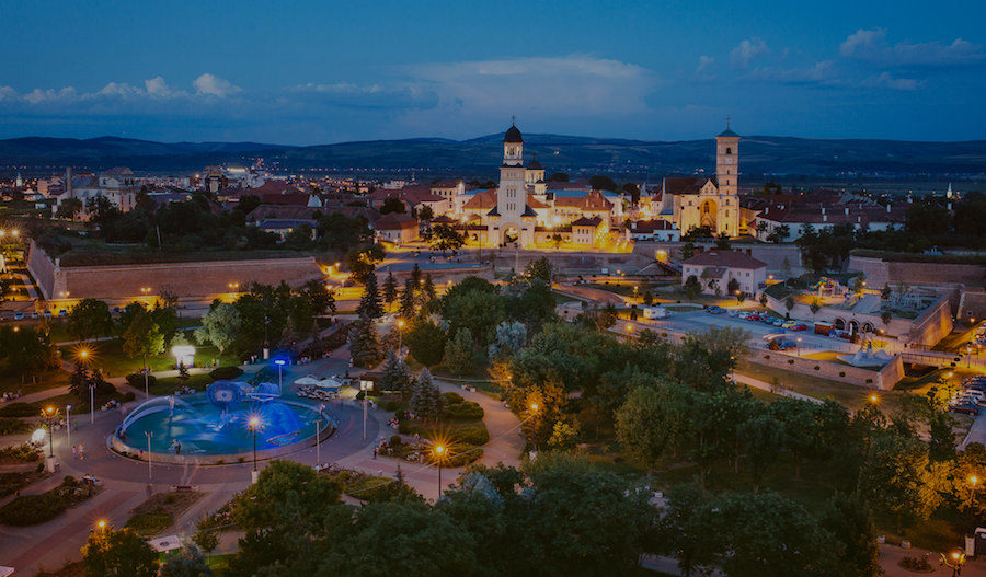 CEA MAI IMPORTANTĂ CONFERINȚĂ DE BUSINESS A TRANSILVANIEI  2 ZILE | 3 SCENE | SUTE DE INVITAȚI