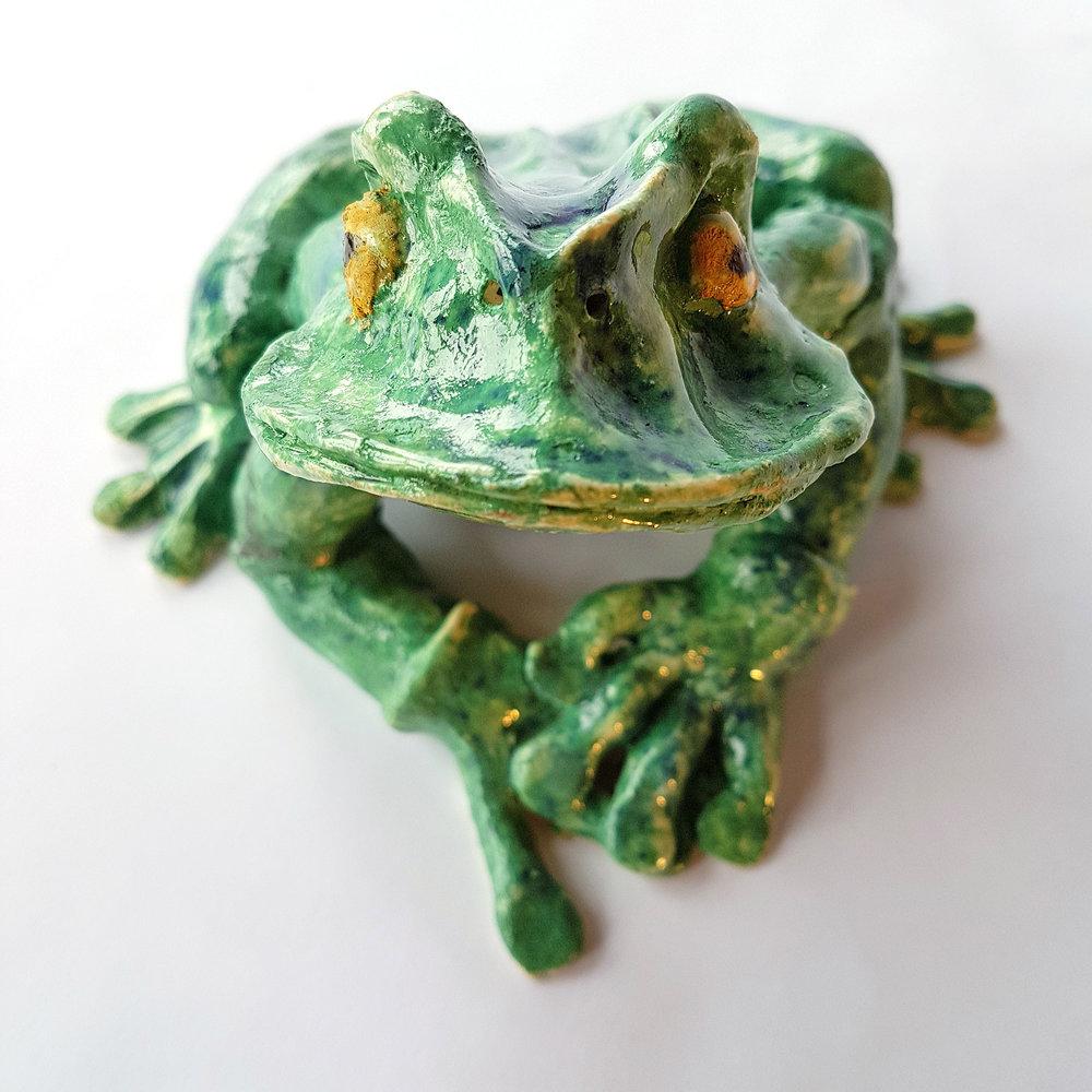 Bobbie-Watchorn-Bright-Green-Frog-1.jpg