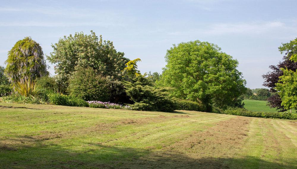 Earsham-Park-Farm-Garden.jpg