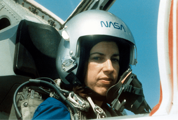 Ellen Ochoa: Astronaut and Inventor. By Anne E. Schraff