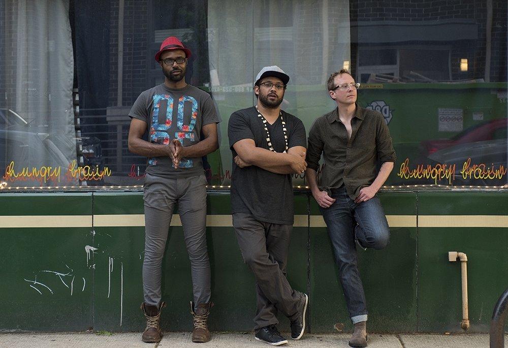 Trio Mokili.jpg