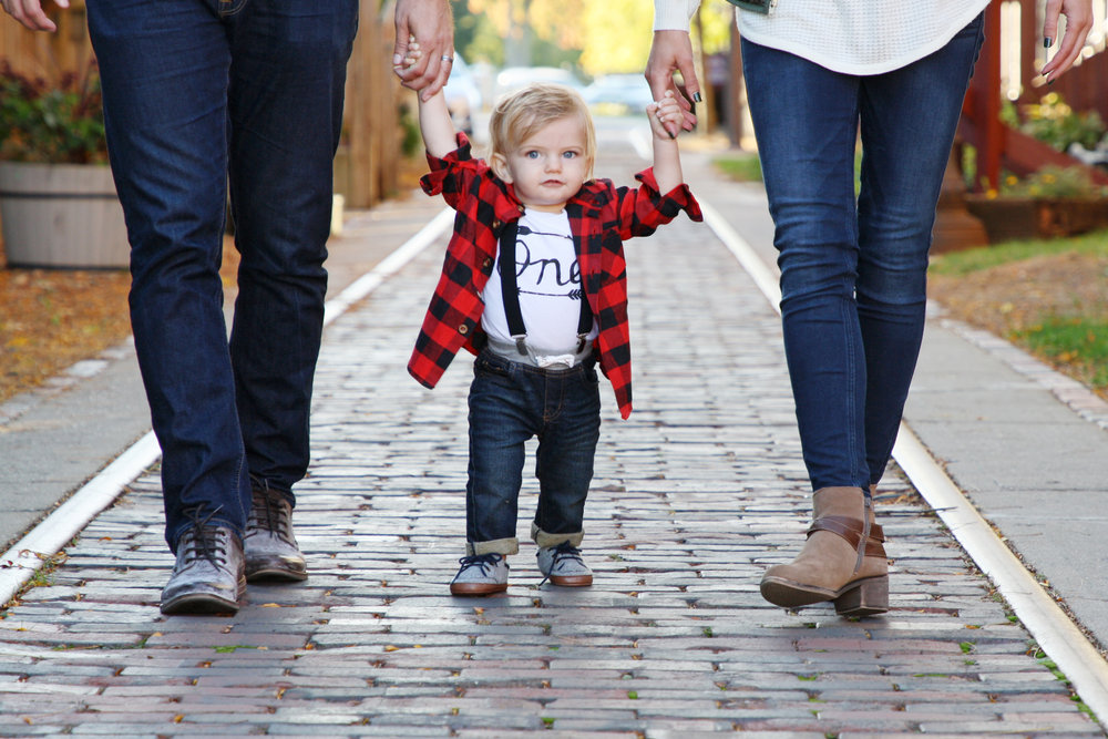 Larkin's 1st Birthday •  click to view more