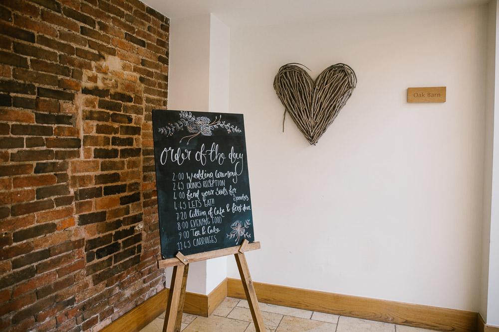 Mythe Barn, Mythe Barn wedding, Danielle Victoria Photography, Staffordshire wedding photographer-4.jpg