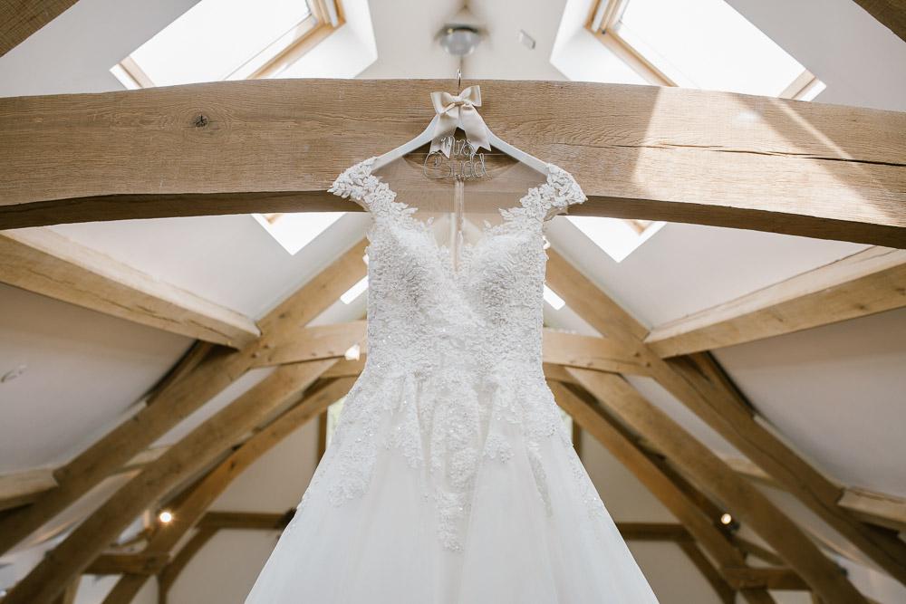 Mythe Barn, Mythe Barn wedding, Danielle Victoria Photography, Staffordshire wedding photographer-10.jpg