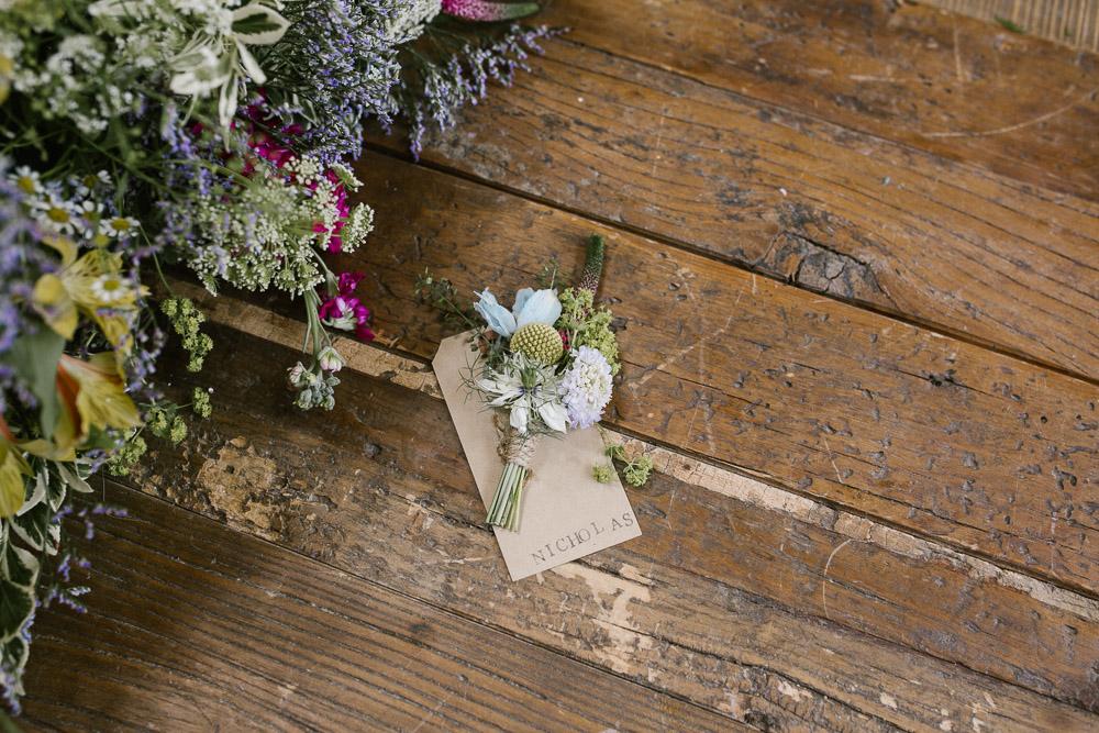 Mythe Barn, Mythe Barn wedding, Danielle Victoria Photography, Staffordshire wedding photographer-9.jpg
