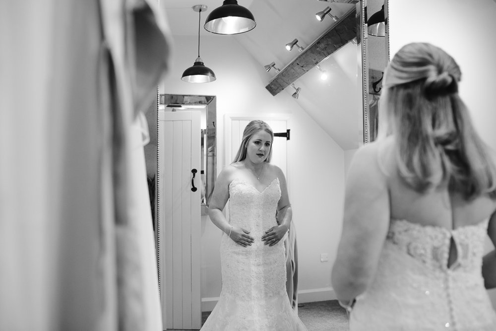 Ashes Barn, The Ashes Barn Wedding photographer, Staffordshire wedding photographer, danielle victoria photography -35.jpg