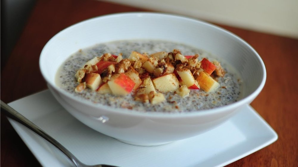 Apple Cinnamon Chia Seed Pudding -