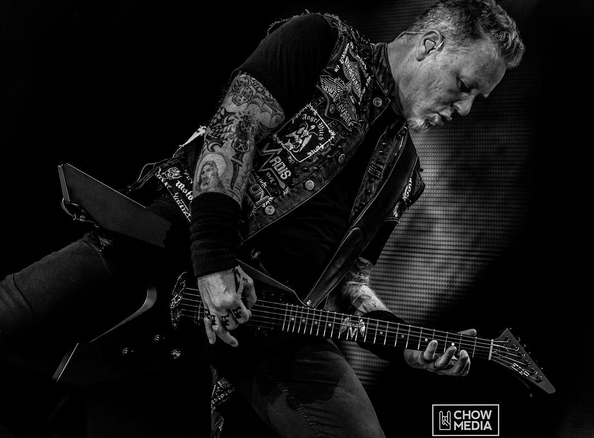 _James Hetfield B&W.png