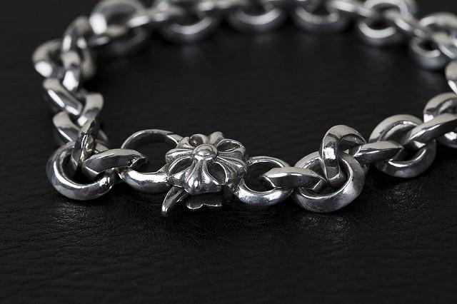 Rocker bracelet by @silver_luthier #sterling #silver #jewelry #mensfashion #rocker #custom