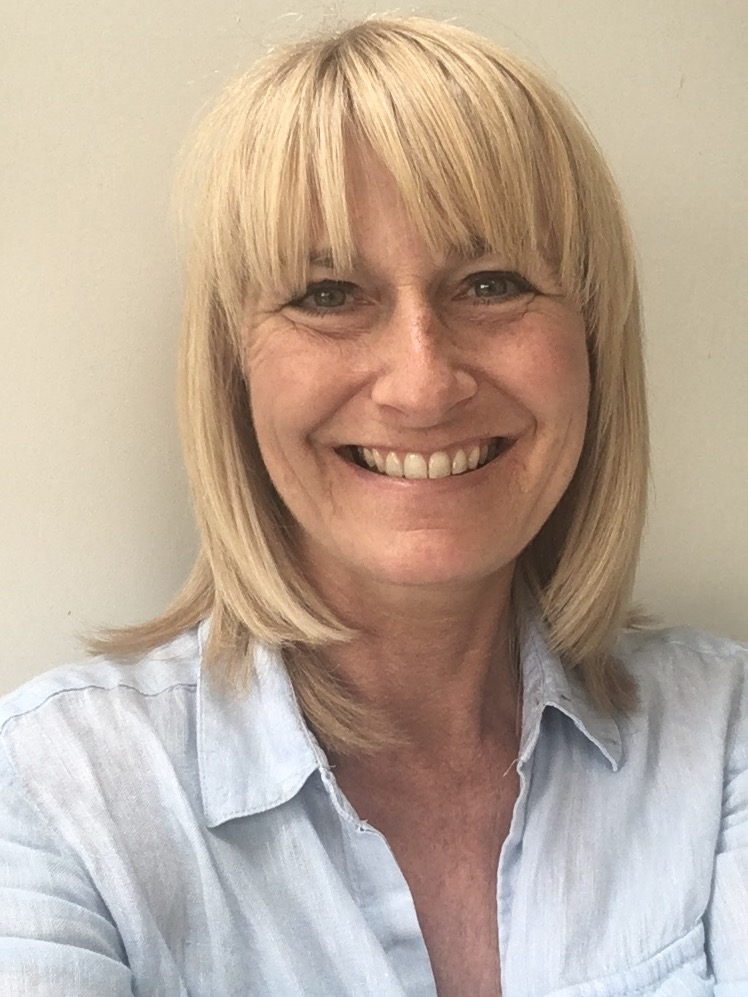 Lizzie Smith   Reflexology and Hypnotherapy   Learn More