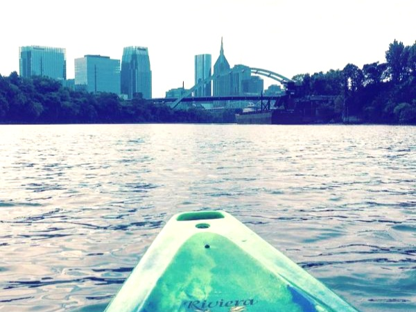 kayak cumberland river downtown nashville skyline