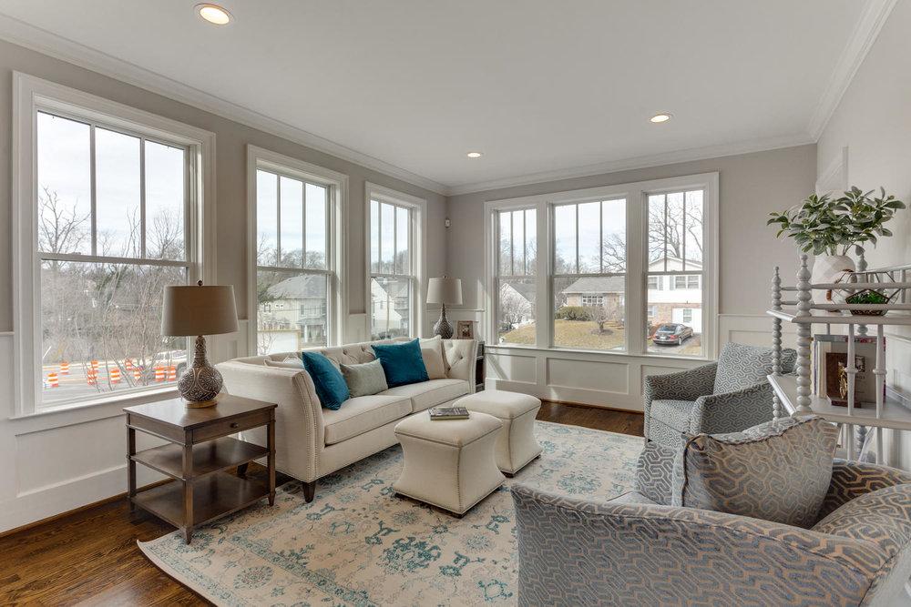 497 N Abingdon St Arlington VA-large-024-59-Living Room-1500x1000-72dpi.jpg