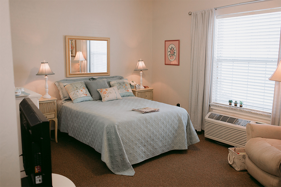 one bedroom apartment at Heritage Assisted Living center