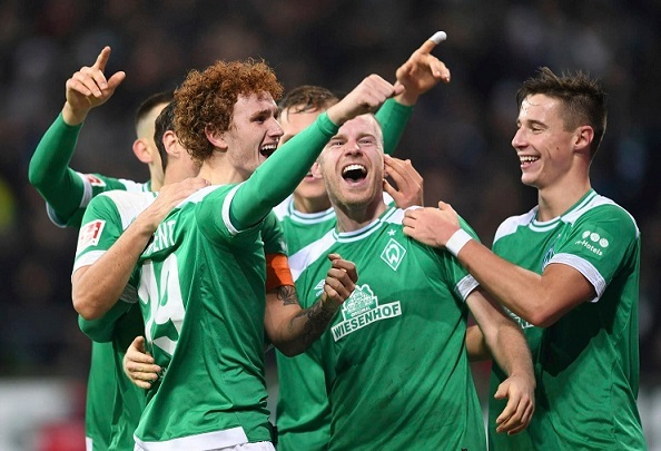 18-year-old American Josh Sargent scores for Werder Bremen in Germany's Bundesliga