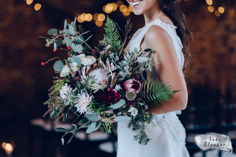 Bysshe Court Barn Wedding Jade Eleanor Photography-11.jpg