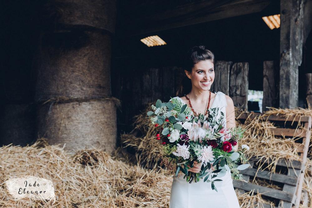 Bysshe Court Barn Wedding Jade Eleanor Photography-13.jpg