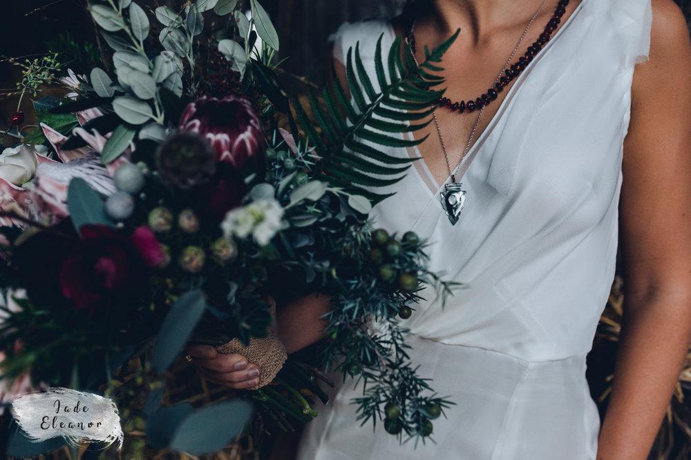 Bysshe Court Barn Wedding Jade Eleanor Photography-17.jpg