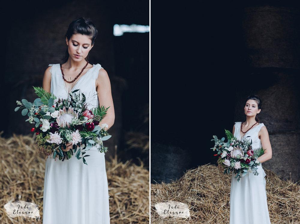 Bysshe Court Barn Wedding Jade Eleanor Photography-20&24.jpg