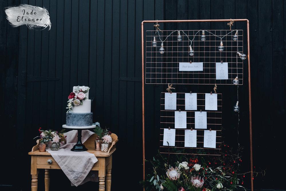Bysshe Court Barn Wedding Jade Eleanor Photography-39.jpg