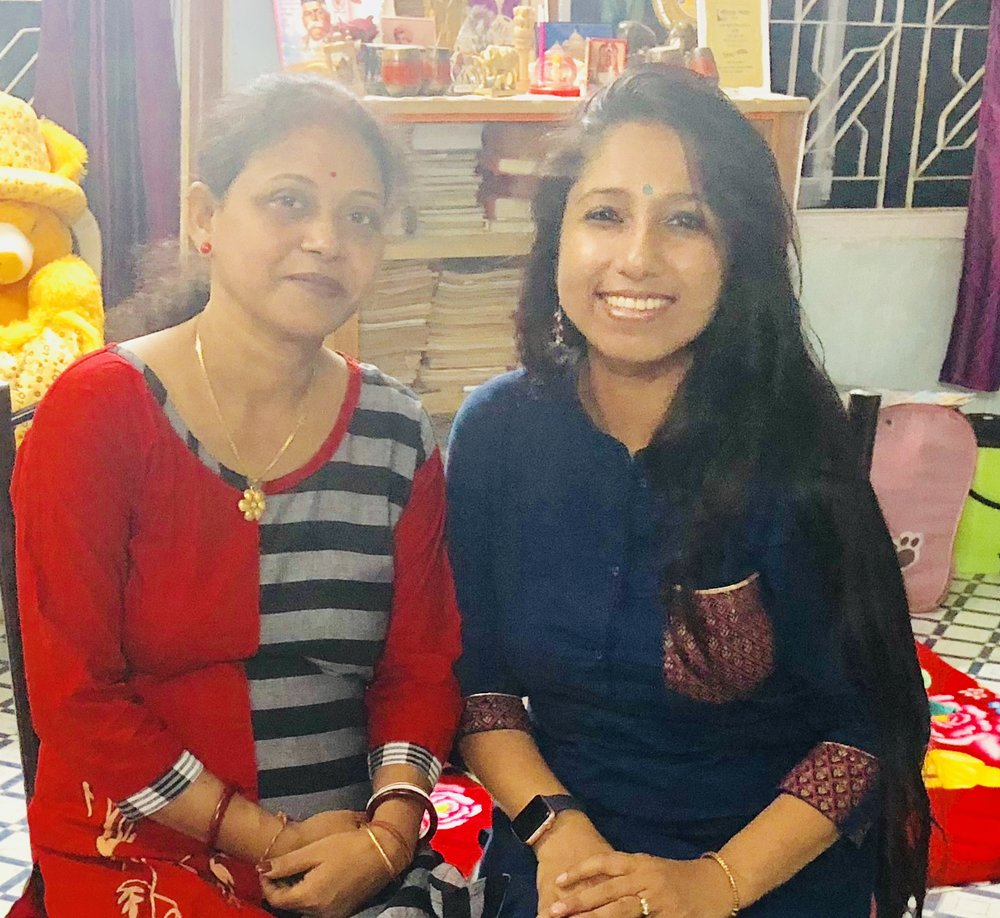 Mrs. Titu Gupta was diagnosed at pretty advanced Stage III, five years back. It was a delight meeting Mrs. Gupta on 6th August 2018, and I am so thakful to my friend Simi Chakraborty for connecting me to Mrs. Gupta. Mrs. Gupta was so brave and told the reasons why her diagnosis got delayed by one year as she never even imagined it could be cancer, She went through homeopathy initially but nothing improved. FInally after almost a year, Mrs. Gupta went to a doctor and got diagnosed. In the interview she mentioned that it was her huge family (joint family) that helped her tremendously to fight back and not to be scared. I was amazed by the smiling face, the spirit and the eagerness to share her journey so that others learn from her experience. I am so proud of Mrs. Gupta for her courage and energy, great feeling to see her joint family, staying together and becoming her strength, truly remarkable! Mrs. Titu Gupta, an inspiration for all!