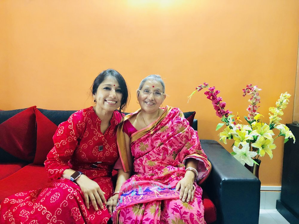 It was so wonderful meeting my friend Mr. Amit Baidya's mother Mrs. Bina Baidya, 62 yrs, on 4th August, 2018. Thanks to Mrs. Sieuli Baidya (her daughter) for connecting me to Mrs. Baidya. It was Mrs. Sieuli Baidya's vigilance that she immediately addressed the situation when her mom (who was not shy to speak up), mentioned about the lump to Sieuli. Mrs. Baidya was diagnosed in October 2017 with Stage II Breast Cancer. Mrs. Baidya is so strong and even though had issues tolerating chemotherapy, she fought back with the support of her family and family friends Mrs. Utara Das and Dr. Simi Das. Amazingly brave woman who was not shy to speak up when she detected the lump by Breast self exam and she didn't think twice to speak about her journey! She requested to everyone that no one should be shy to mention about issues with breast and should immediately visit the doctor. Hats off to Mrs. Bina Baidya!