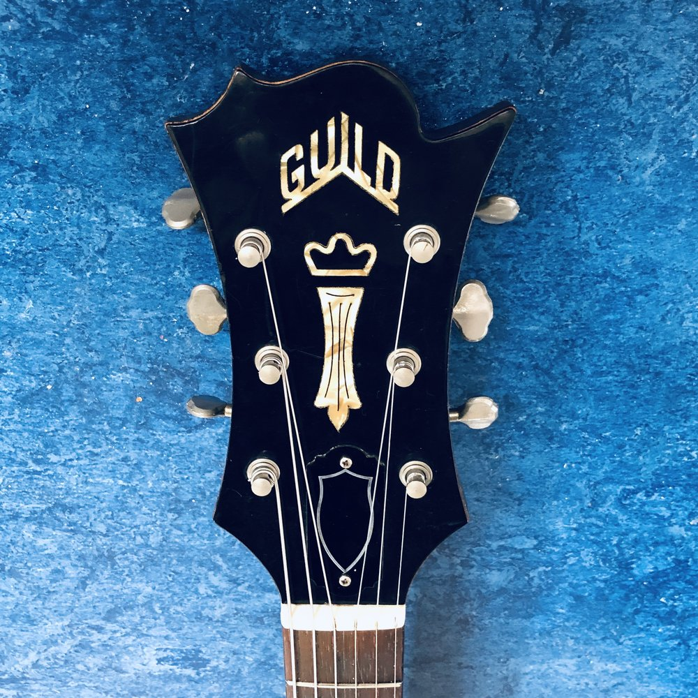 guild-polara-headstock.jpg