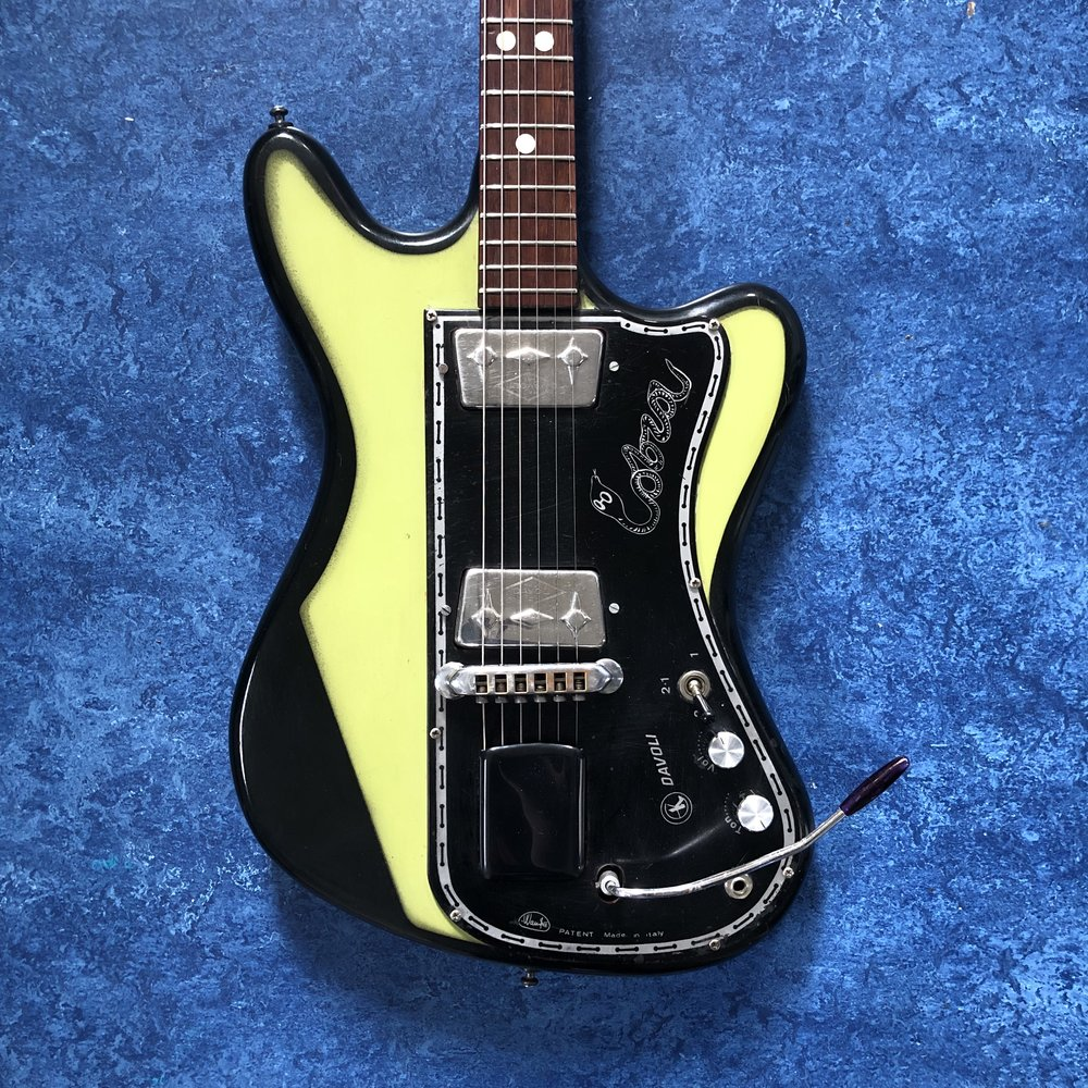 wandre-guitar-body.jpg