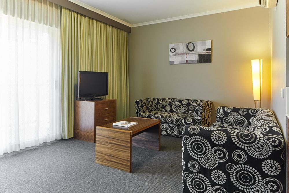 Tradies_Hotel_30.jpg