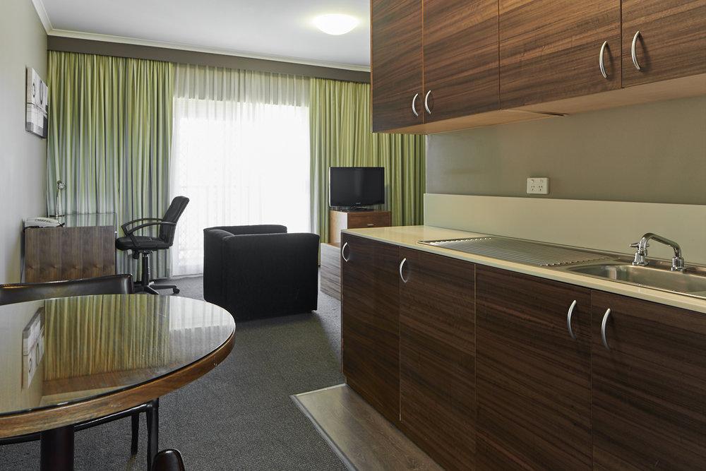 Tradies_Hotel_32.jpg
