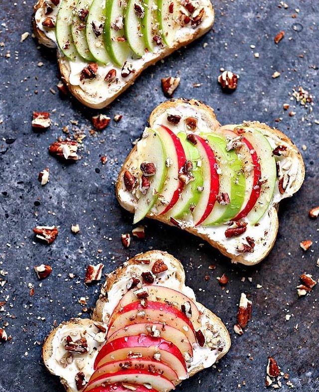 Get your #ToastSunday on with Cherish™️ Apple, Pecans and Honey. . 📷 Photo credit: @cravingsofalunatic #crunchpak . . . #cherishapplefruit #feelthelove #recipe #easytodo #funfood #yummy #healthy #cooking #food #toast #eaaaaats #apples #sweettreats #instagood #instaday #goldenbayfruit #oneofakind