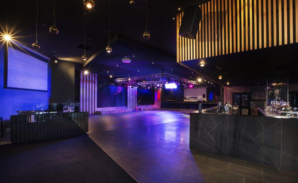 alh_plaza_tavern_431_TXnyV.jpg