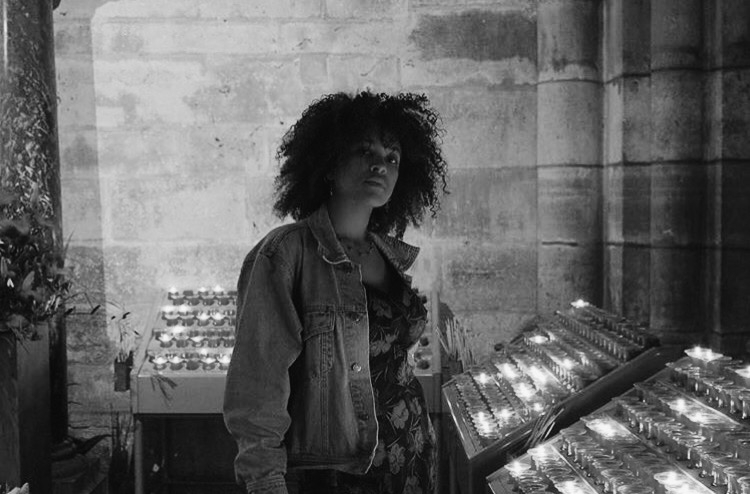 PAYTON DEEDS - BLOGGER. FUTURE MUSIC VIDEO DIRECTOR