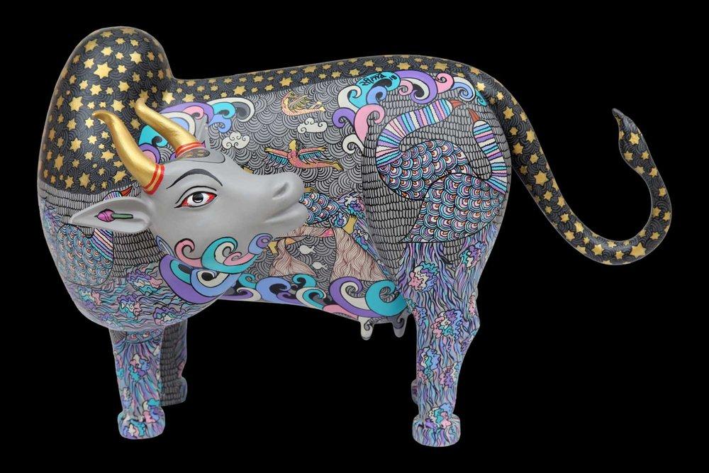Kamadhenu. Acrylic on fiber, 12 x 18 x 9 inches, 2018. Art No. 13521.