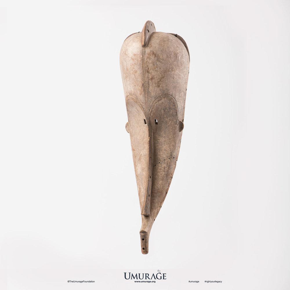 Fang Pamue Mask
