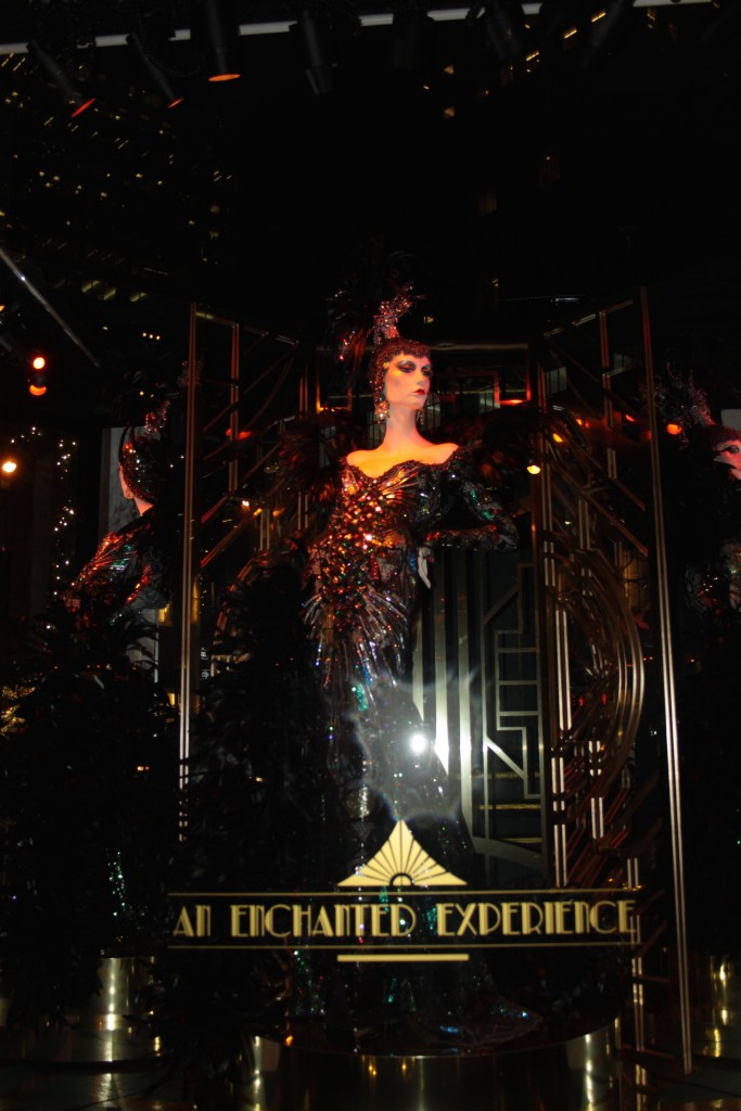 saks fith avenue windows christmass