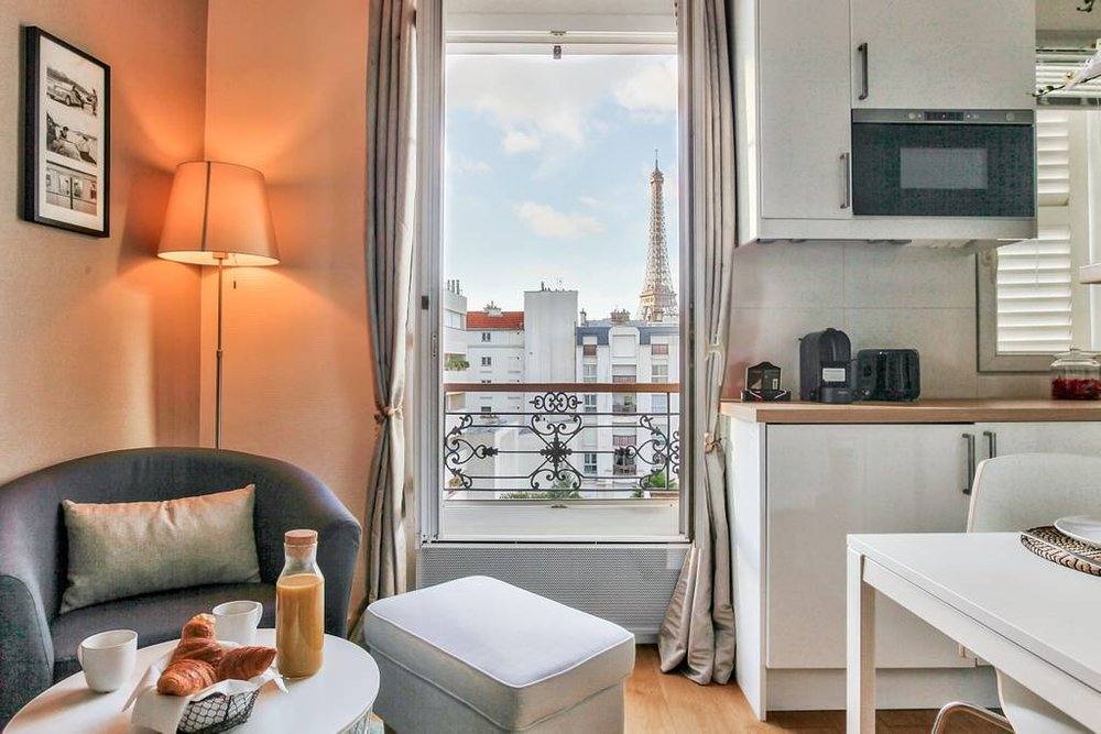 best-airbnb-in-paris-for-budget.jpg