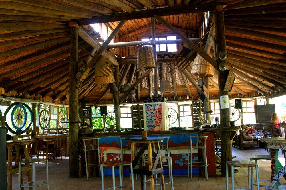 kadirin ağaç evleri roof bar