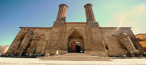 çifte-minareli1.jpg