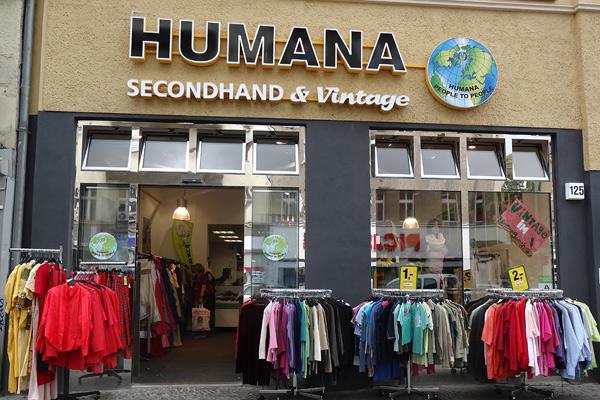 humana vintage butik berlin.jpg