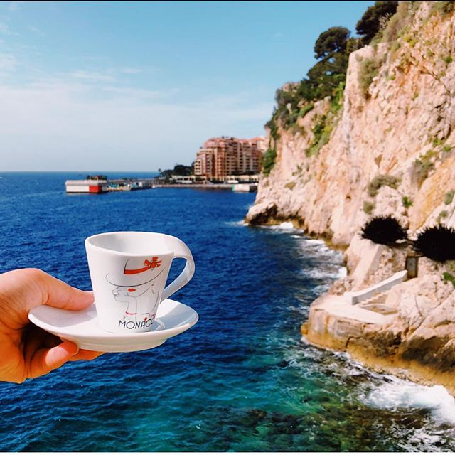 #hellomonaco  Lets have a cup of coffee together ☕️ . . #igersmontecarlo #visitmonaco #monacoville