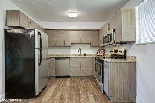 apartment 1 OTR.jpg