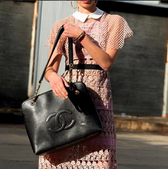 Vintage Chanel tote as worn by  @indiannaroehrich  | Street style at Sydney Fashion Week, Australia
