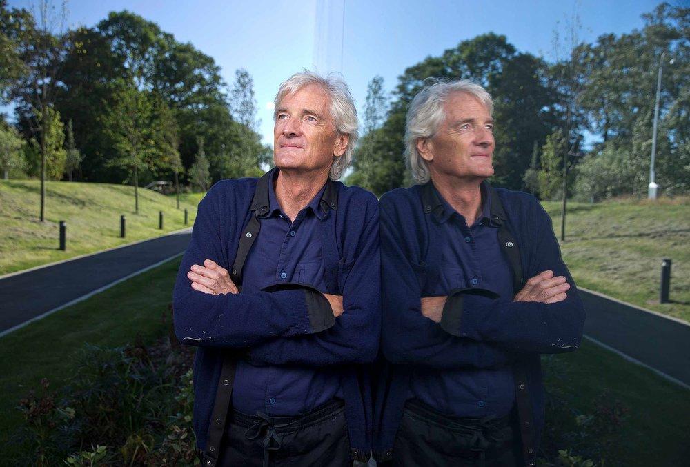 echoscoiffure-portrait-James Dyson-01.jpg