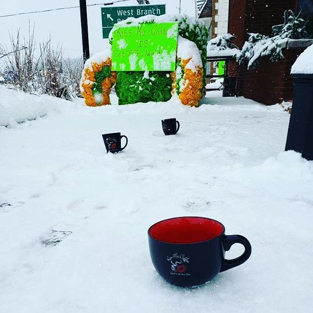Follow the path to a warm soothing cup of coffee. We're here brewing, steaming and mixing up your favorite drinks!  #specialtycoffee #kissmecoffee #followyournose #staywarm